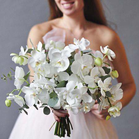 Премиум букет из белых орхидей